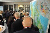 Gesellschaft vor Karte Kanada, Kanadische Botschaft: Event Agentur creative Service Drummer, Berlin